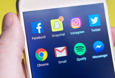 Les médias sociaux de base : ce qu'il faut savoir