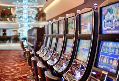 Comment utiliser les médias sociaux pour développer votre entreprise de casino en ligne