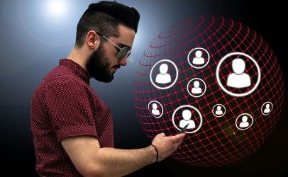 Le domaine du voyage et les médias sociaux